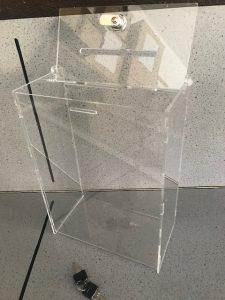hlasovací schránky